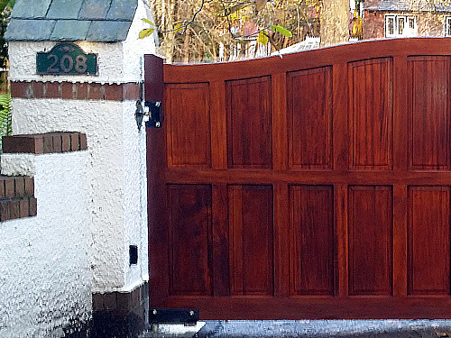 Musgrave Gates from Timbergate