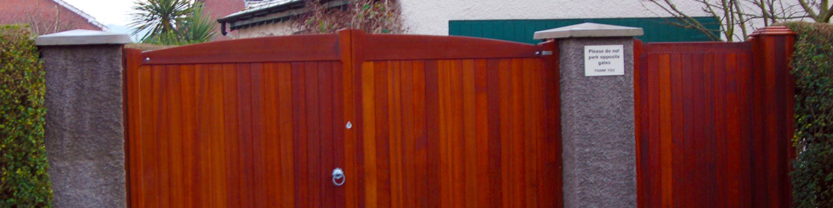 Stranmillis Gate  from the Timbergate Traditional Range of Timber Gates